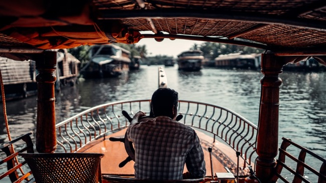 Top 10 Exciting Activities to do in Munnar and Alleppey