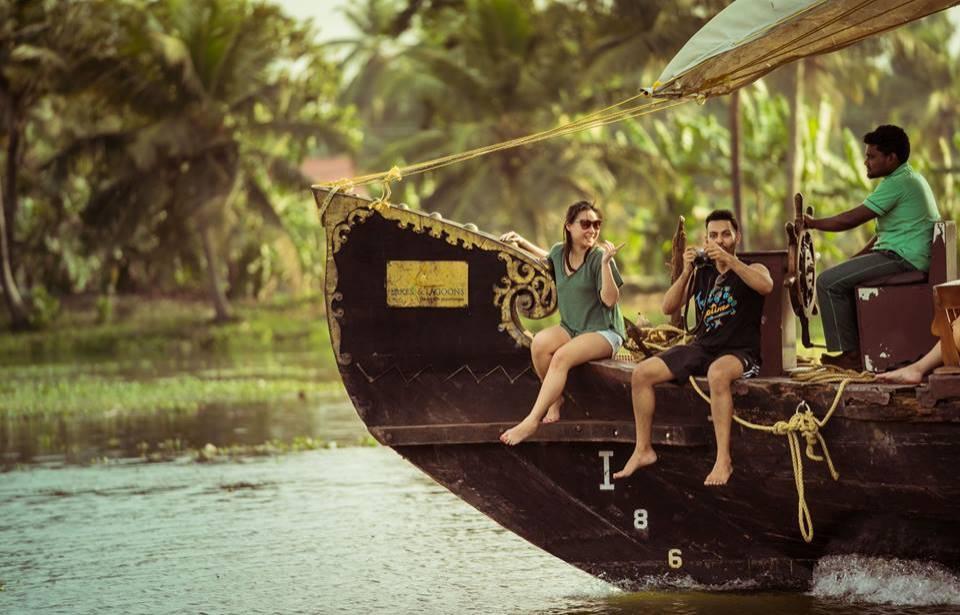 https://www.seasonzindia.com/india/kerala/kerala-honeymoon-packages