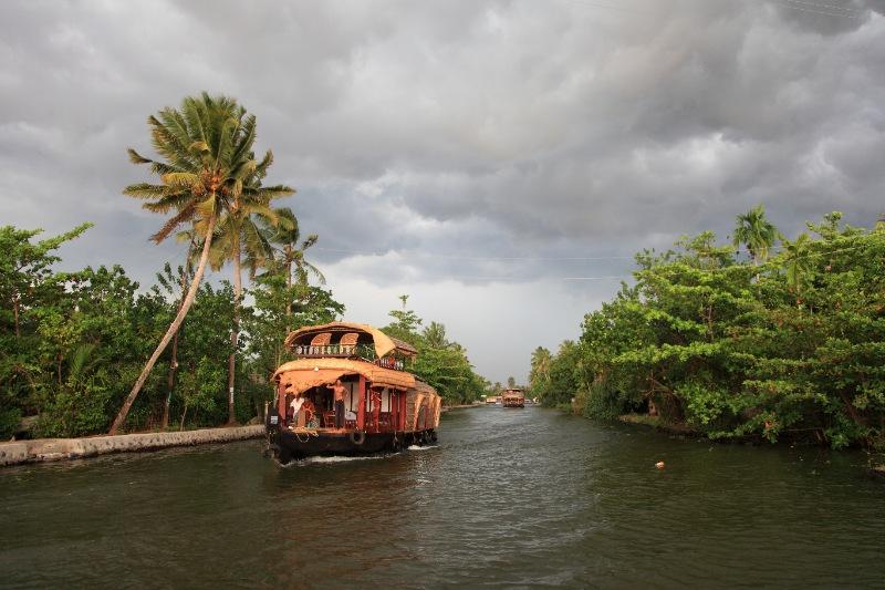 Kerala Honeymoon Package - Cranberry