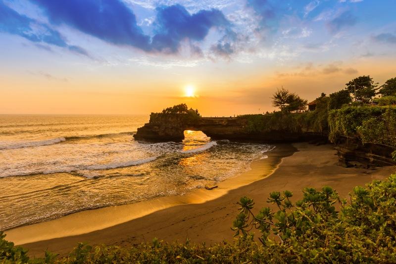 Bali Honeymoon Packages - Sunset Dinner Cruise