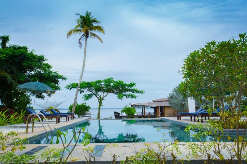 Relaxing Kerala Backwater Tour Packages