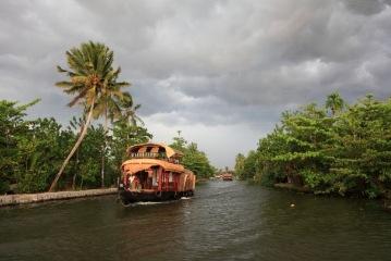 Alleppey to Cochin departure