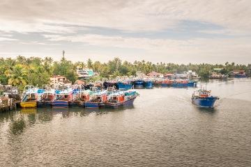 Munnar to Houseboat