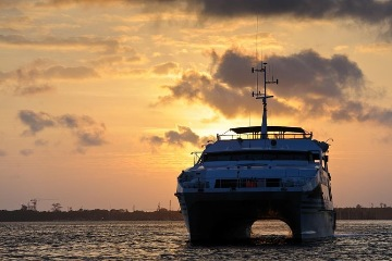 Sightseeing and Sunset dinner cruise