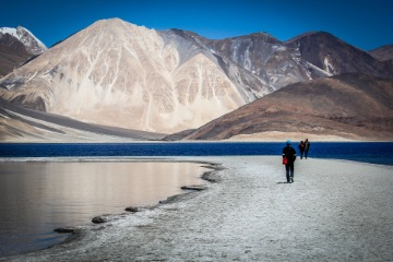 Leh to Sangam ( 40 kms/3hrs )